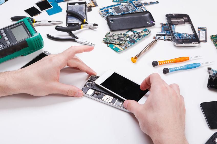 image Écran de smartphone cassé: comment réparer?